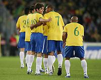 Fotball<br /> Treningskamp Brasil v Luzerne<br /> Foto: imago/Digitalsport<br /> NORWAY ONLY<br /> <br /> 30.05.2006<br /> <br /> Torjubel Brasilien v.li.: Juninho, Adriano und Roberto Carlos