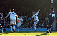 Photo: Ashley Pickering.<br />Southend United v Leeds United. Coca Cola Championship. 17/03/2007.<br />David Healy (second R) fires in the equaliser for Leeds