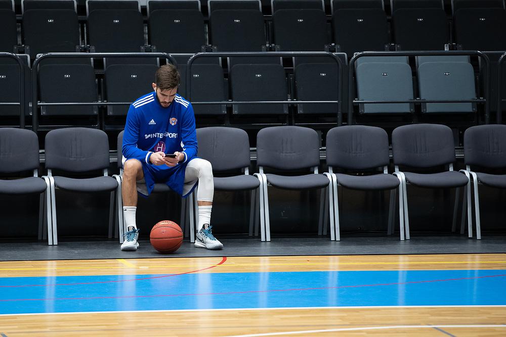 ÖSTERSUND 20210924<br /> Jämtlands Anes Zekovic först på plats inför fredagens match i Basketligan mellan Jämtland Basket och Nässjö Basket i Östersunds Sporthall<br /> <br /> Foto: Per Danielsson/Projekt.P