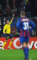 Fotball<br /> UEFA Champions League<br /> Basel v Barcelona<br /> 22.10.2008<br /> Foto: EQ Images/Digitalsport<br /> NORWAY ONLY<br /> <br /> Jubel von Sergi Busquets nach dem Tor zum 0:2 vorne enttaeuschter Basler