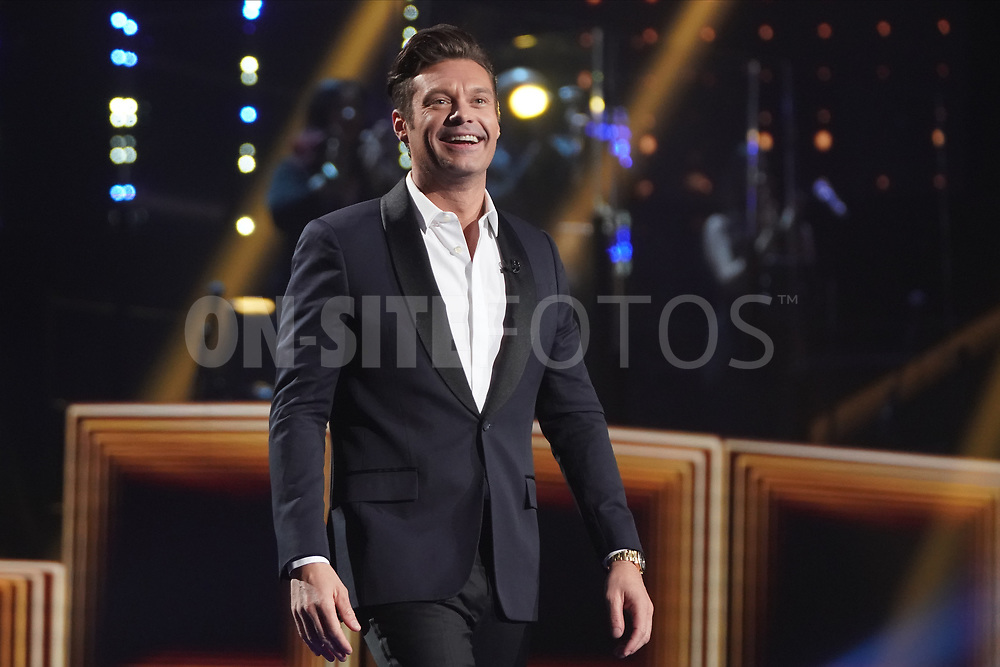 """AMERICAN IDOL – """"414 (Oscar Nominated Songs)"""" – The top 12 contestants perform Oscar®-nominated songs in hopes of securing America's vote into the top nine on an all-new episode of """"American Idol,"""" airing live coast-to-coast on SUNDAY, APRIL 18 (8:00-10:00 p.m. EDT), on ABC. (ABC/Eric McCandless)<br /> RYAN SEACREST"""