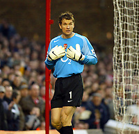 Photo. Chris Ratcliffe, Digitalsport<br /> Arsenal v Stoke City. FA Cup Third Round. <br /> 09/01/2005<br /> <br /> Jens Lehmann asks who is the no.1 at Highbury?