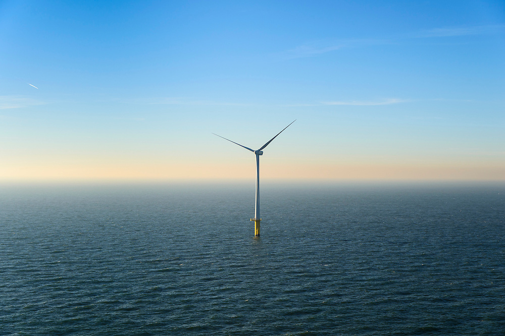 Nederland, Noord-Holland, IJmuiden, 11-12-2013; detail offshore Prinses Amaliawindpark. Het park telt in totaal  60 windturbines en is gebouwd door Eneco en Econcern. Het windmolenpark ligt 23 km uit de kust bij IJmuiden (blok Q7 van het Nederlands continentaal plat).<br /> The Princess Amalia offshore Wind Farm consists of 60 wind turbines and is located in block Q7 of the Dutch Continental Shelf, 23 km from the shore.<br /> luchtfoto (toeslag op standaard tarieven);<br /> aerial photo (additional fee required);<br /> copyright foto/photo Siebe Swart.