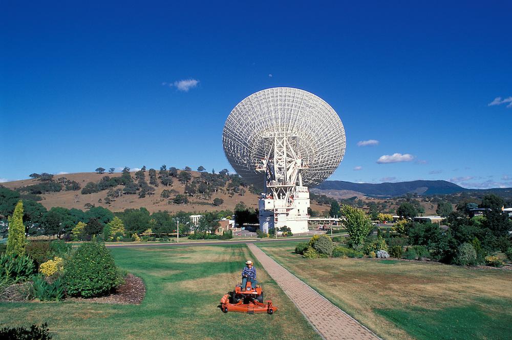 Australia, Capital Territory, Lawn mower by Radio telescopes at Tidbinbilla Deep Space Communication Centre