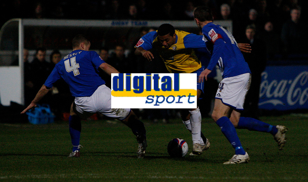 Photo: Steve Bond/Sportsbeat Images.<br /> Macclesfield Town v Hereford United. Coca Cola League 2. 26/12/2007. Simon Johnson (C) on a run.  Sean Hessey (L) and Kevin McIntyre (R) about to challange