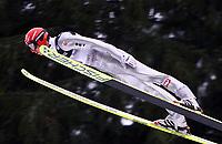 Hopp, 01.12.2001 Titisee-Neustadt, Deutschland,<br />Der Deutsche Martin Koch am Samstag (01.12.2001) beim Weltcup Skispringen in Titisee-Neustadt, Schwarzwald.<br />Foto: ÊJAN PITMAN/Digitalsport