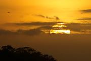 La isla de Ícaro / atardecer en Saboga, Archipiélago de Las Perlas / Panamá.<br /> <br /> Edición de 10 | Víctor Santamaría.