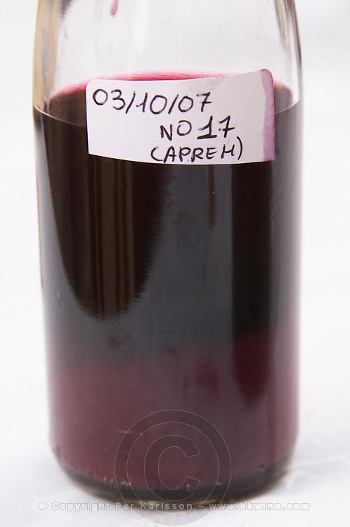 new wine sample (afternoon version) domaine montirius vacqueyras rhone france