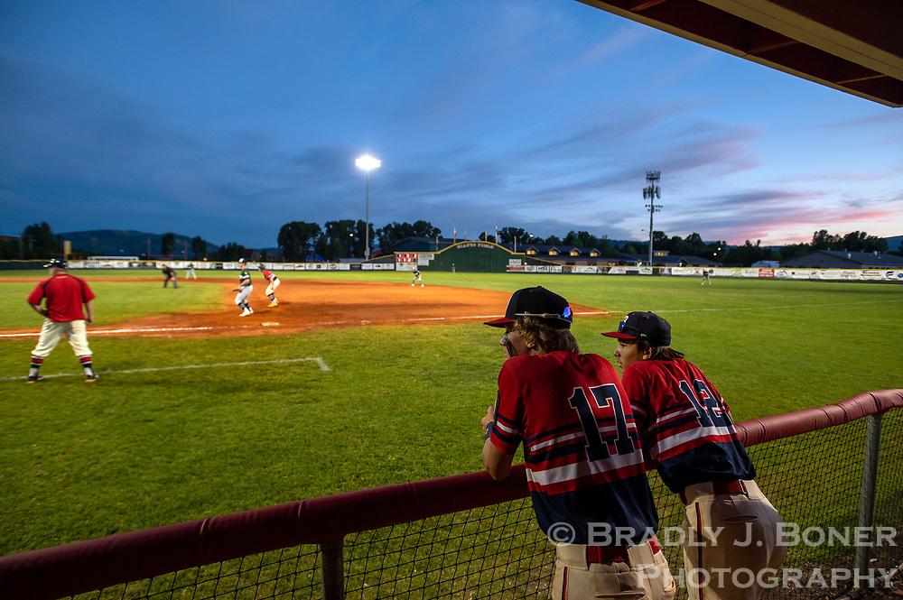Giants baseball vs. Green River