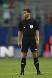 Football: Liga Total Cup 2012, BVB Borussia Dortmund - SV Werder Bremen, Hamburg, 05.08.2012.Referee Felix Zwayer (GER).©Êpixathlon