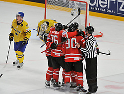 01.05.2013, Globe Arena, Stockholm, SWE, IIHF, Eishockey WM, Vorberichte, im Bild mål som blir bortdömt no goal // during the IIHF Icehockey World Championship Game between Canada and Sweden at the Ericsson Globe, Stockholm, Sweden on 2013/05/16. EXPA Pictures © 2013, PhotoCredit: EXPA/ PicAgency Skycam/ Simone Syversson..***** ATTENTION - OUT OF SWE *****