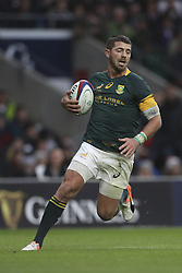 November 12, 2016 - London, England, United Kingdom - Willie Le Roux of South Africa during Old Mutual Wealth Series between England  and South Africa played at Twickenham Stadium, London, November 12th  2016  (Credit Image: © Kieran Galvin/NurPhoto via ZUMA Press)