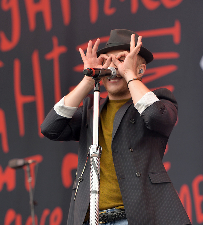 Olly Murs  at v festival weston park staffs <br /> Pix Dave Nelson