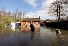 12mar20-France floods