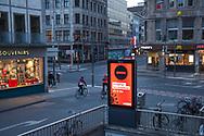curfew from 9 pm during corona pandemic lockdown on May 5th. 2021. Display near cathedral informs about the night curfew, Cologne, Germany.<br /> <br /> Ausgangssperre ab 21 Uhr waehrend des Corona Lockdowns am 5. Mai 2021. Display nahe Dom weist auf die naechtliche Ausgangssperre hin, Koeln, Deutschland.