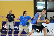 DESCRIZIONE : Folgaria Allenamento Raduno Collegiale Nazionale Italia Maschile <br /> GIOCATORE : Daniele Magro Mario Fioretti<br /> CATEGORIA : palleggio allenamento<br /> SQUADRA : Nazionale Italia <br /> EVENTO :  Allenamento Raduno Folgaria<br /> GARA : Allenamento<br /> DATA : 20/07/2012 <br /> SPORT : Pallacanestro<br /> AUTORE : Agenzia Ciamillo-Castoria/GiulioCiamillo<br /> Galleria : FIP Nazionali 2012<br /> Fotonotizia : Folgaria Allenamento Raduno Collegiale Nazionale Italia Maschile <br />  Predefinita :
