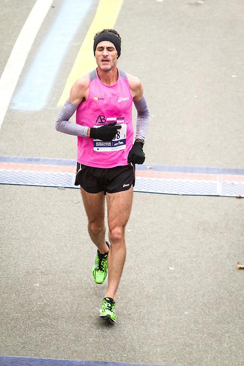 ING New York CIty Marathon: Cesar Martins crosses finish line