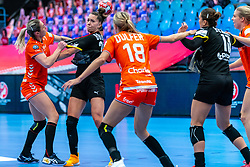 Lois Abbingh of Netherlands, Emily Bolk of Germany during the Women's EHF Euro 2020 match between Netherlands and Germany at Sydbank Arena on december 14, 2020 in Kolding, Denmark (Photo by RHF Agency/Ronald Hoogendoorn)