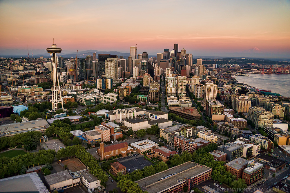 Space Needle & Downtown Seattle