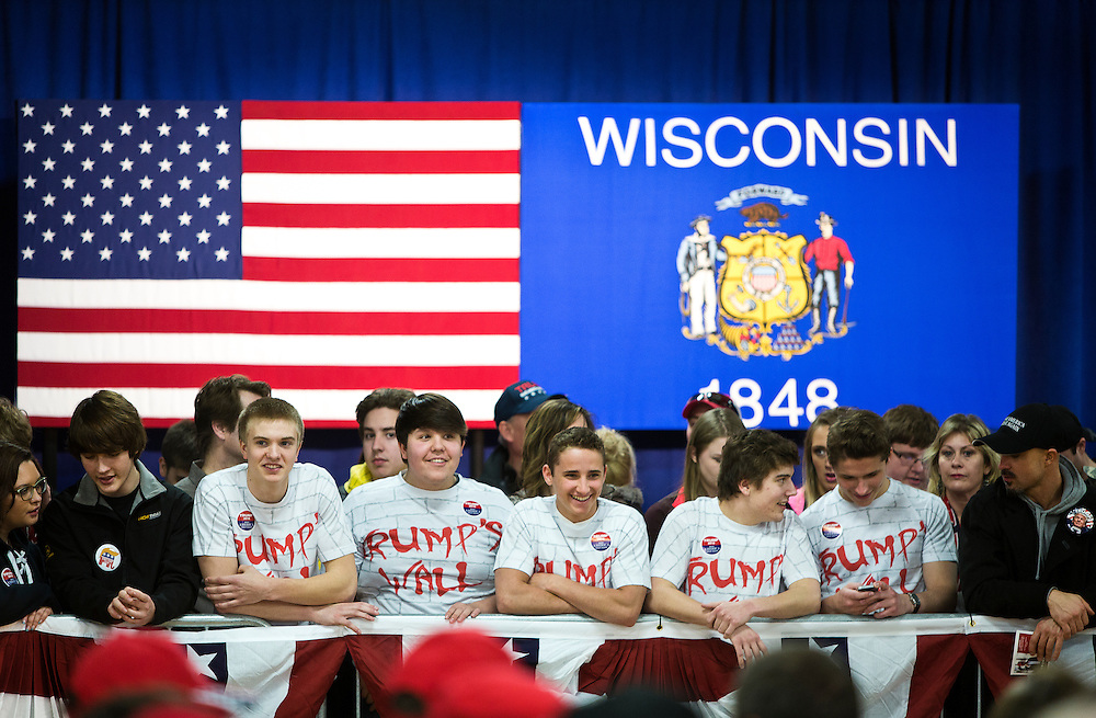 Young supporters of Republican U.S. presidential candidate Donald Trump gather before the candidate arrived at a campaign town hall event in Wausau, Wisconsin April 2, 2016.   REUTERS/Ben Brewer