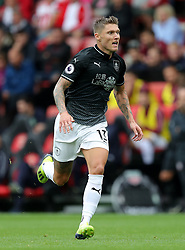 """Burnley's Jeff Hendrick during the Premier League match at St Mary's, Southampton. PRESS ASSOCIATION Photo. Picture date: Sunday August 12, 2018. See PA story SOCCER Southampton. Photo credit should read: Andrew Matthews/PA Wire. RESTRICTIONS: EDITORIAL USE ONLY No use with unauthorised audio, video, data, fixture lists, club/league logos or """"live"""" services. Online in-match use limited to 120 images, no video emulation. No use in betting, games or single club/league/player publications."""