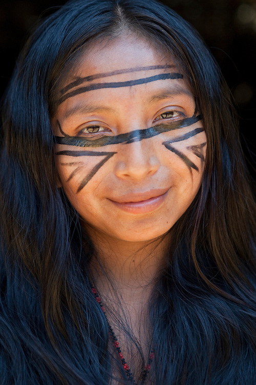 Portrait of Dulce Lady, indian woman of the Dessano Tribe, in the Tupé Community, Amazon, Brazil.