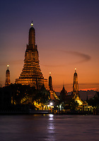 BANGKOK, THAILAND - CIRCA SEPTEMBER 2014: Wat Arun at night, this is a very  popular Buddhist temple in Bangkok Yai district of Bangkok, Thailand, on the Thonburi west bank of the Chao Phraya River