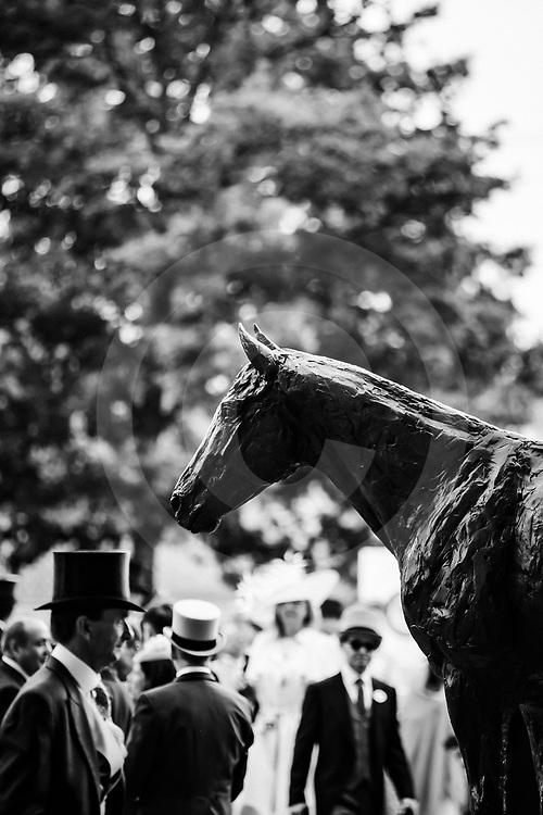 Frankel Statue at Royal Ascot 19/06/2019, photo: Zuzanna Lupa