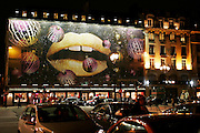 Paris, France. December 19th 2005..Christmas atmosphere.