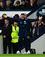 Tony Pulis, the manager of West Bromwich Albion shouts. .Premier league match, West Bromwich Albion v West Ham United at the Hawthorns stadium in West Bromwich, Midlands on Saturday 16th September 2017. pic by Bradley Collyer, Andrew Orchard sports photography.