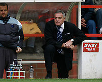 Photo: Richard Lane/Richard Lane Photography. Nottingham Forest v Cardiff City. Coca Cola Championship. 24/10/2008. Dave Jones watches from the dugout