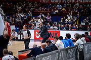 DESCRIZIONE : Milano Lega A 2015-16 Olimpia EA7 Emporio Armani Milano Openjobmetis Varese<br /> GIOCATORE : Paolo Moretti<br /> CATEGORIA : Mani Allenatore Coach<br /> SQUADRA : Openjobmetis Varese<br /> EVENTO : Campionato Lega A 2015-2016<br /> GARA : Olimpia EA7 Emporio Armani Milano Openjobmetis Varese<br /> DATA : 11/10/2015<br /> SPORT : Pallacanestro<br /> AUTORE : Agenzia Ciamillo-Castoria/M.Ozbot<br /> Galleria : Lega Basket A 2015-2016 <br /> Fotonotizia: Milano Lega A 2015-16 Olimpia EA7 Emporio Armani Milano Openjobmetis Varese