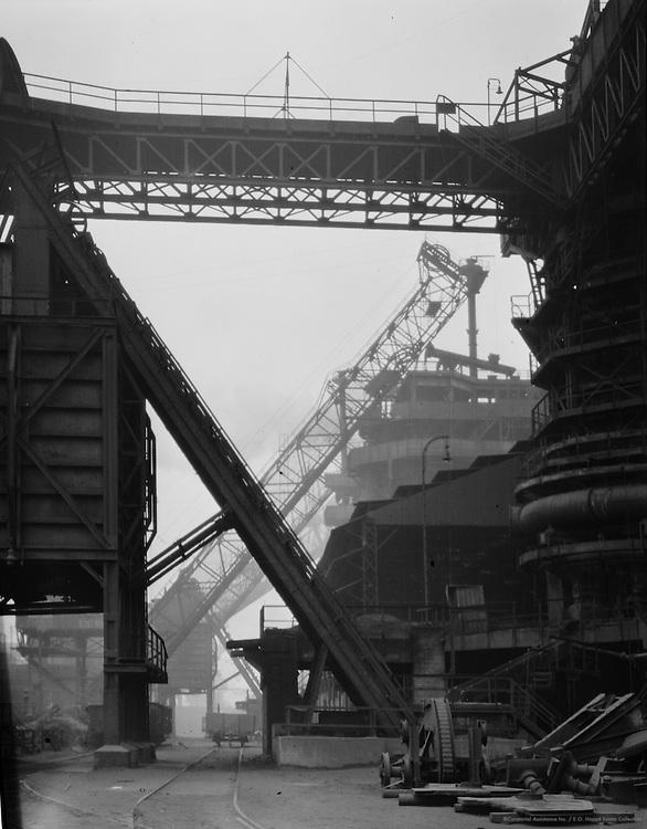 Industrial Balconies and Bridges, Dortmund (Union), 1928