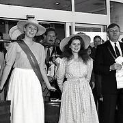 NLD/Huizen/19930911 - Huizerdag 1993 Huizen, bekendmaking Huizer melkmeisje 1992 / 1993, Dagmar van Oyen