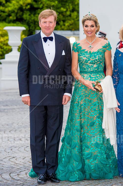 Koning Willem-Alexander en koningin Maxima tijdens het Staatsbanket in het Presidentieel Paleis Aras an Uachtarain in Dublin, op dag 1 van het 3-daags staatsbezoek van het Nederlands Koningspaar aan Ierland.