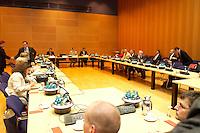 05 JUL 2004, BERLIN/GERMANY:<br /> Uebersicht Sitzungssaal vor Beginn der Sitzung des SPD Gewerkschaftsrates, Willy-Brandt-Haus<br /> IMAGE: 20040705-02-014<br /> KEYWORDS: Sitzung, Gewerkschaftsrat, Übersicht