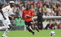 Fotball<br /> Frankrike<br /> Foto: DPPI/Digitalsport<br /> NORWAY ONLY<br /> <br /> FOOTBALL - FRENCH CHAMPIONSHIP 2009/2010 - L1 - STADE RENNAIS FC v US BOULOGNE  - 8/08/2009<br /> <br /> RENNES<br /> <br />  ISMAEL BANGOURA (REN) / ZARGO TOURE (BOU)