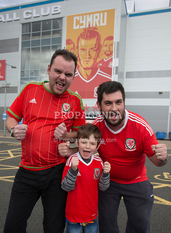 CARDIFF, WALES - Sunday, October 9, 2016: General view of fans before ahead of the 2018 FIFA World Cup Qualifying Group D match against Georgia at the Cardiff City Stadium. (Pic by Paul Currie/Propaganda)