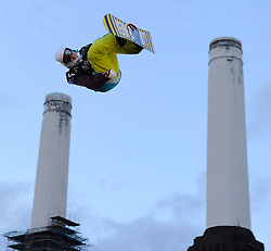29.10.2011, Battersea Power Station, London GBR, FIS Snowboard Worldcup, Relentless Freeze Festival, im Bild Petja Piiroinen of Finalnd// during FIS Snowboard Worldcup at Relentless Freeze Festival in London, United Kingdom on 29/10/2011. EXPA Pictures © 2011, PhotoCredit: EXPA/ TNT Sports/ Nick Tapsell +++++ ATTENTION - OUT OF ENGLAND/GBR +++++