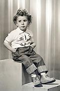 formal studio portrait of a jong boy 1954
