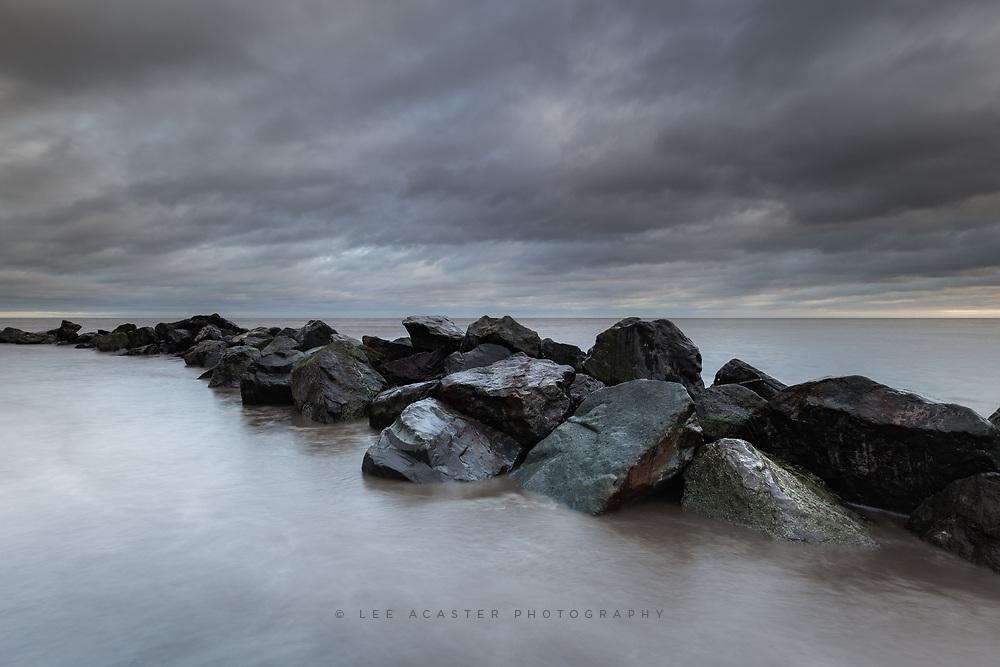 Sea, sky and rocks