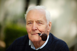 © Licensed to London News Pictures. FILE PICTURE. Former Labour Cabinet minister and veteran left-wing campaigner TONY BENN, who has died aged 88 after a long illness, his family has announced. TONNY BENN, who became an MP in November 1950 and served in the Cabinet under Harold Wilson and James Callaghan, had suffered from ill health since a stroke in 2012. Photo credit: Matthew Lloyd/LNP