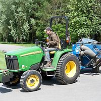 Tractors & Machinery