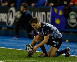 Cardiff Blues' Jarrod Evans lines up a kick at goal<br /> <br /> Photographer Simon King/Replay Images<br /> <br /> Guinness PRO14 Round 15 - Cardiff Blues v Munster - Saturday 17th February 2018 - Cardiff Arms Park - Cardiff<br /> <br /> World Copyright © Replay Images . All rights reserved. info@replayimages.co.uk - http://replayimages.co.uk
