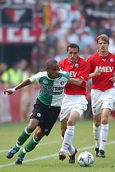 01-06-2003 NED: Amstelcup finale FC Utrecht - Feyenoord, Rotterdam<br /> FC Utrecht pakt de beker door Feyenoord met 4-1 te verslaan / Bonaventure Kalou, Etienne Shew at Tjon