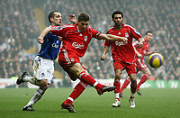 Photo: Paul Thomas.<br /> Liverpool v Everton. The Barclays Premiership. 03/02/2007.<br /> <br /> Leon Osman (L) of Everton puts pressure on Steven Gerrard as he shoots.