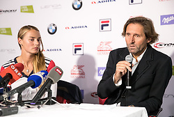 20.10.2016, Hotel Bergland, Soelden, AUT, FIS Weltcup Ski Alpin, Pressekonferenz, im Bild Tina Maze (SLO) und Ihr Freund und Trainer Andrea Massi // Tina Maze of Slovenia with her boyfrind and Cocha Andrea Massi announced her retirement from active racing during press conference prior to the FIS Ski Alpine Worldcup opening at Hotel Bergland in Soelden, Austria on 2016/10/20. EXPA Pictures © 2016, PhotoCredit: EXPA/ Johann Groder