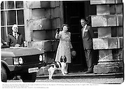 The Queen and the Duke of Beaufort on the steps of Badminton House on the Queen's 59 birthday. Badminton Horse Trials. 21 April 1985. film 85182f21<br /> © Copyright Photograph by Dafydd Jones<br /> 66 Stockwell Park Rd. London SW9 0DA<br /> Tel 0171 733 0108 dafjones.com