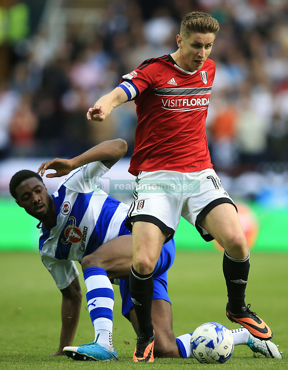 16 May 2017 - Sky Bet Championship - Play-off 2nd Leg - Reading v Fulham - Tom Cairney of Fulham in action with Tyler Blackett of Reading - Photo: Marc Atkins / Offside.