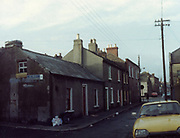 old dublin street photos December 1983 citron DX FOSTER PLACE Old amateur photos of Dublin streets churches, cars, lanes, roads, shops schools, hospitals